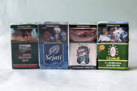 Warning picture on cigarette packs