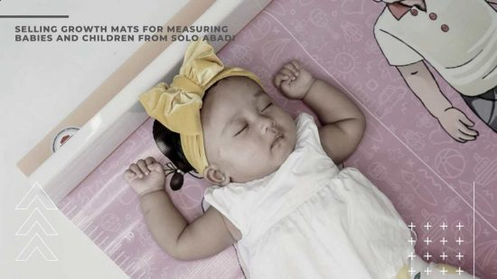 Selling Growth Mats for Measuring Babies and Children from Solo Abadi